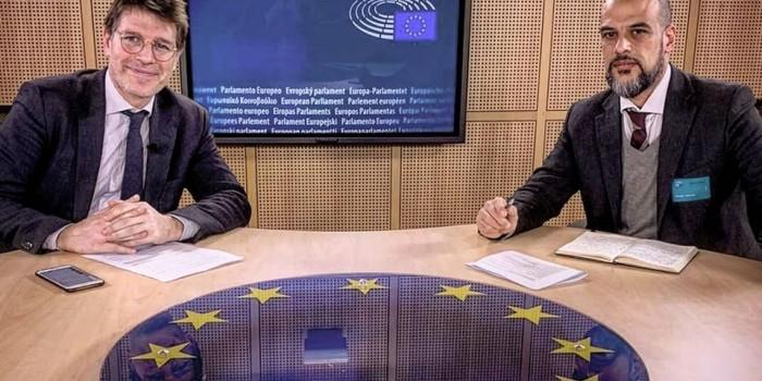 """""""biviere terra dei fuochi"""" al parlamento europeo"""